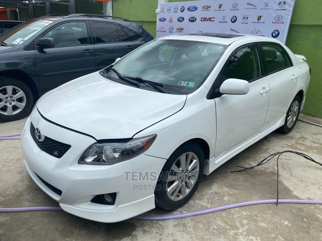 Toyota Corolla 2010 White | Cars for sale in Ikeja, Lagos State, Nigeria