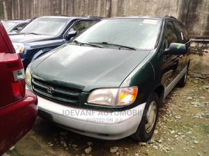Toyota Sienna 2001 LE Green | Cars for sale in Lagos State, Isolo