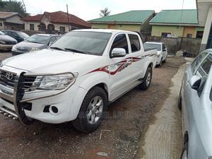 Toyota Hilux 2012 2.7 VVT-i 4X4 SRX White | Cars for sale in Niger State, Suleja