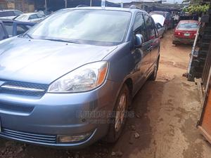 Toyota Sienna 2005 XLE Limited AWD Blue | Cars for sale in Lagos State, Ikeja