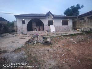 Furnished 3bdrm Bungalow in Slesh Associates, Ikorodu for Sale   Houses & Apartments For Sale for sale in Lagos State, Ikorodu