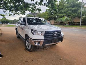Toyota Hilux 2016 SR5 4x4 White | Cars for sale in Abuja (FCT) State, Galadimawa