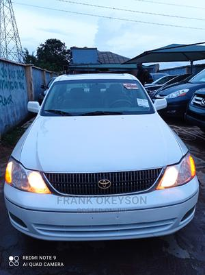 Toyota Avalon 2002 XLS W/Bucket Seats White | Cars for sale in Lagos State, Alimosho