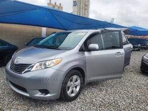 Toyota Sienna 2013 LE FWD 8-Passenger Silver | Cars for sale in Lagos State, Amuwo-Odofin