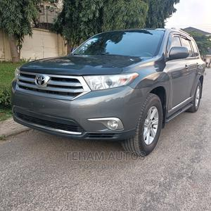 Toyota Highlander 2013 Limited 3.5l 4WD Gray | Cars for sale in Abuja (FCT) State, Gwarinpa