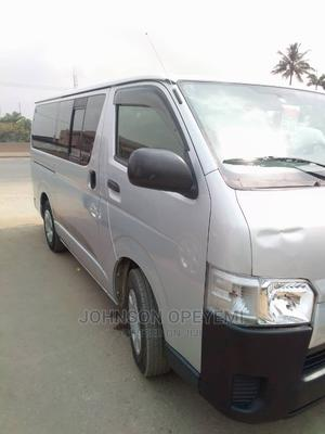 2011 Hiace Bus Automatic | Buses & Microbuses for sale in Lagos State, Abule Egba