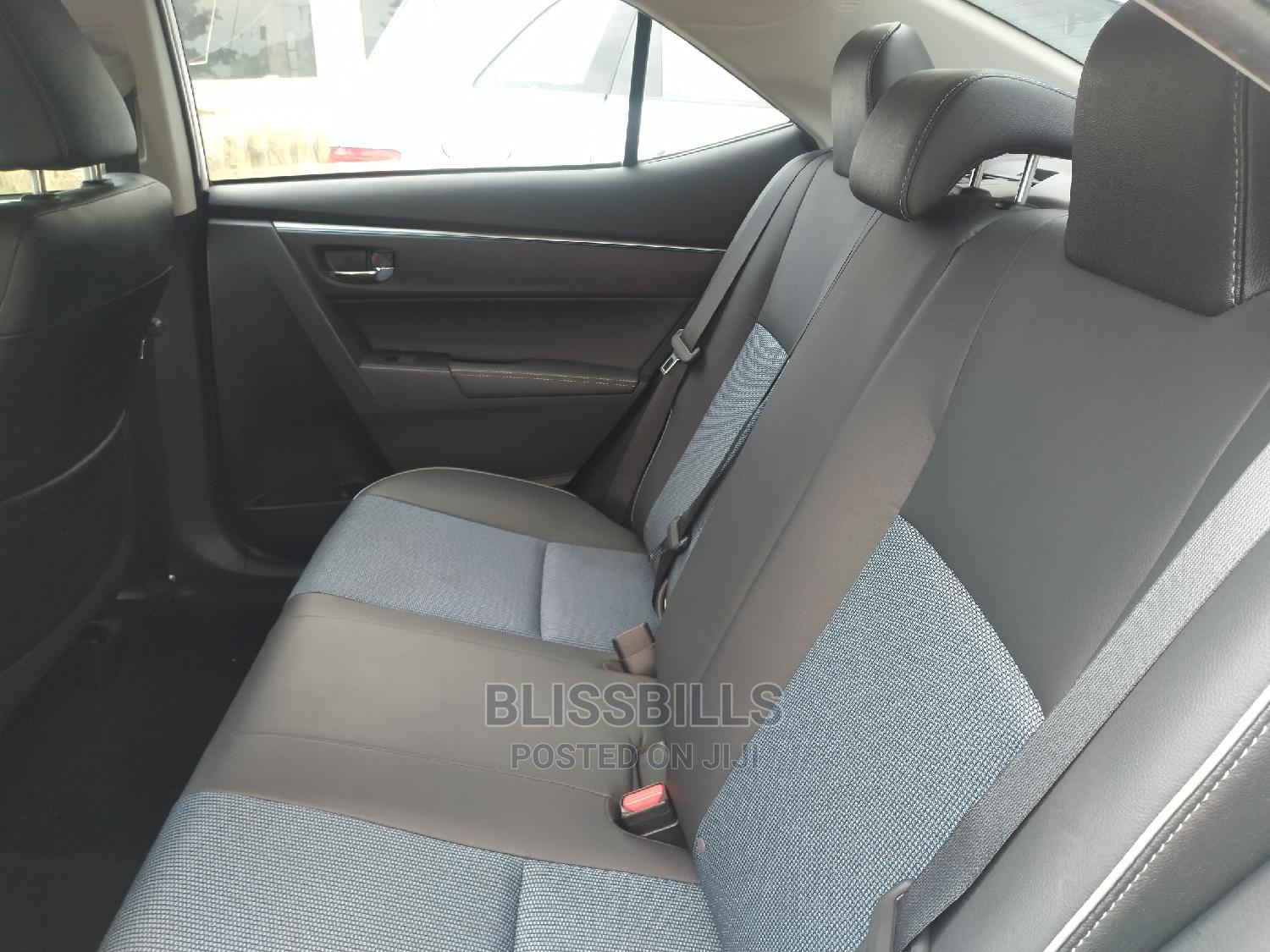 Toyota Corolla 2014 White | Cars for sale in Central Business District, Abuja (FCT) State, Nigeria