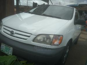 Toyota Sienna 2004 White | Cars for sale in Lagos State, Ikeja