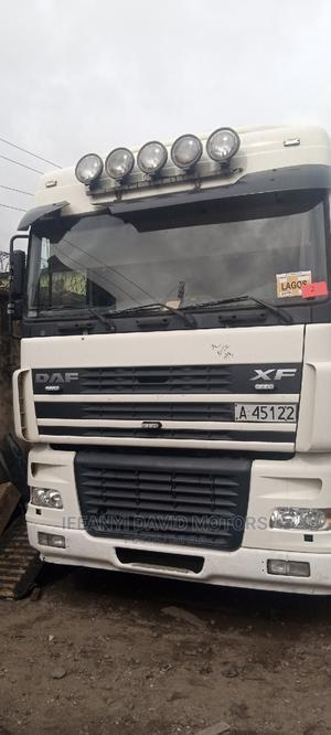 Daf Xf95 Trailer Head 6tyre | Trucks & Trailers for sale in Lagos State, Apapa