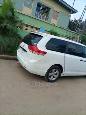 Toyota Sienna 2011 XLE 7 Passenger White | Cars for sale in Lagos State, Amuwo-Odofin