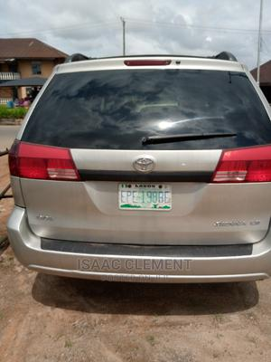Toyota Sienna 2005 XLE Gold | Cars for sale in Edo State, Benin City