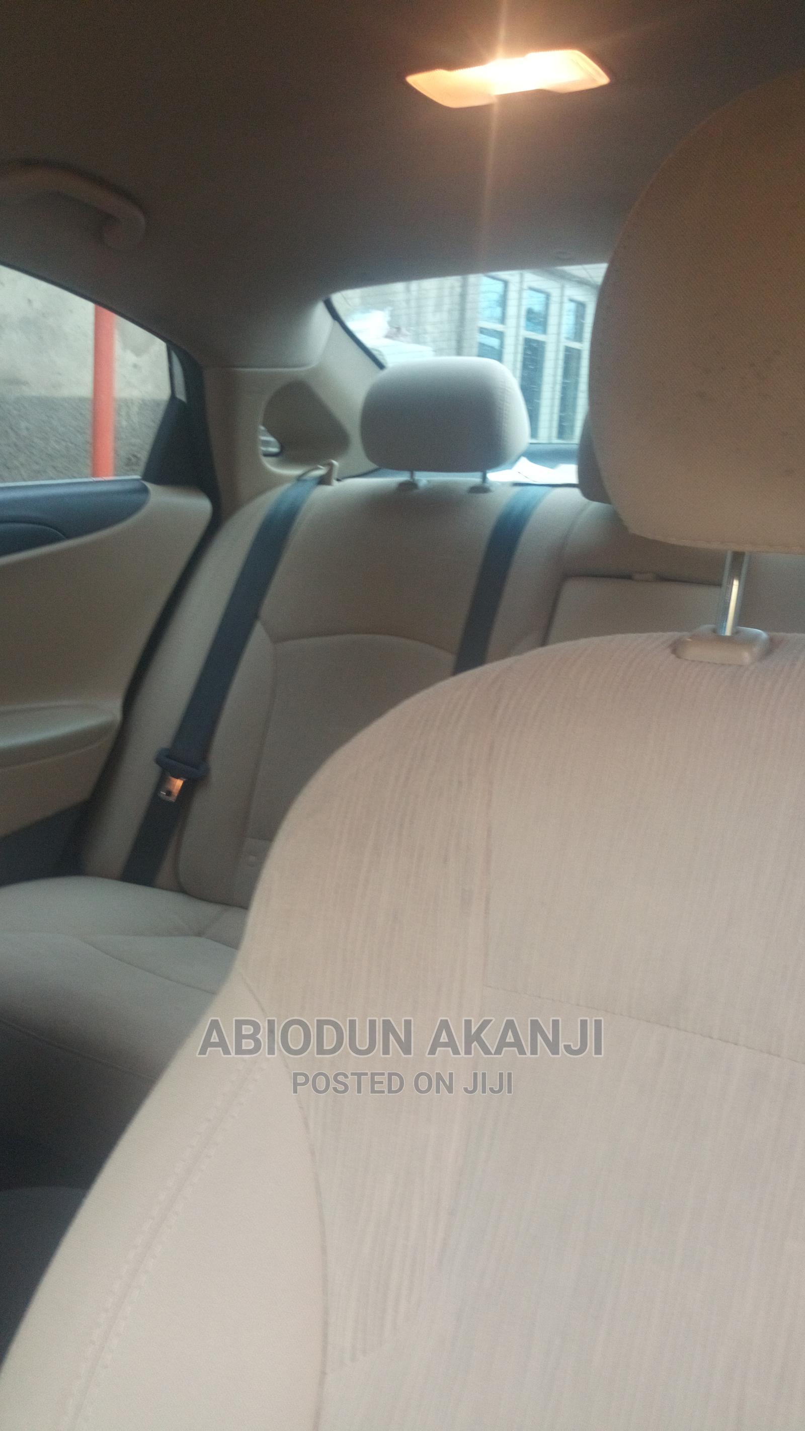 Hyundai Sonata 2013 White   Cars for sale in Maitama, Abuja (FCT) State, Nigeria
