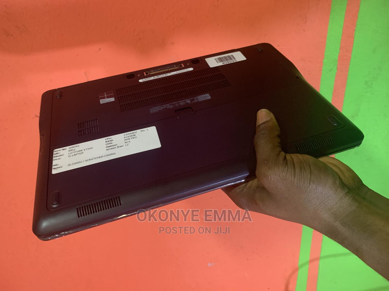 Archive: Laptop Dell Latitude 12 E7250 8GB Intel Core I5 SSD 128GB