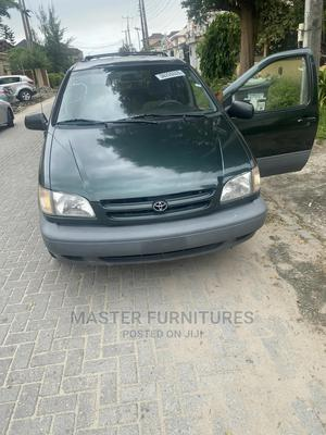 Toyota Sienna 2001 LE Green | Cars for sale in Lagos State, Lekki