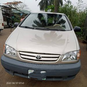 Toyota Sienna 2002 Gold | Cars for sale in Rivers State, Port-Harcourt