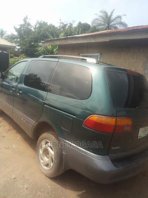 Toyota Sienna 2000 Green | Cars for sale in Edo State, Akoko-Edo