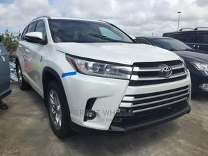 Toyota Highlander 2015 White | Cars for sale in Lagos State, Isolo