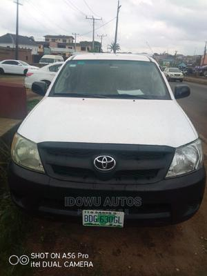 Toyota Hilux 2008 2.5 D-4d Double Cab White   Cars for sale in Lagos State, Ejigbo