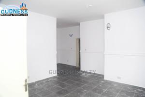 2bdrm Apartment in Osapa London for Rent | Houses & Apartments For Rent for sale in Lekki, Osapa london