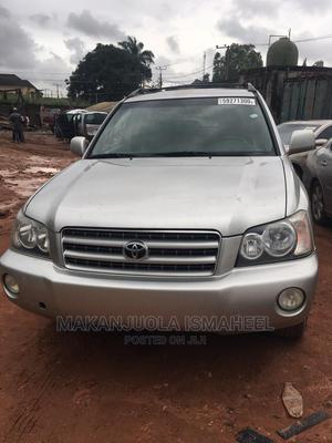 Toyota Highlander 2002 Limited V6 AWD Silver | Cars for sale in Lagos State, Alimosho