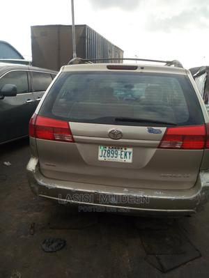 Toyota Sienna 2003 CE Gold | Cars for sale in Oyo State, Oluyole