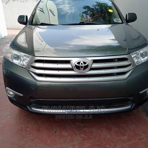 Toyota Highlander 2013 Limited 3.5l 4WD Gray | Cars for sale in Lagos State, Ojodu
