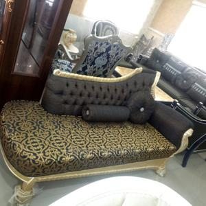 Single 3 Seater   Furniture for sale in Abuja (FCT) State, Wuse 2