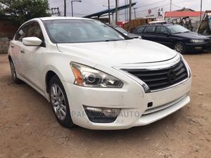 Nissan Altima 2013 Sedan 3.5 S White   Cars for sale in Lagos State, Alimosho