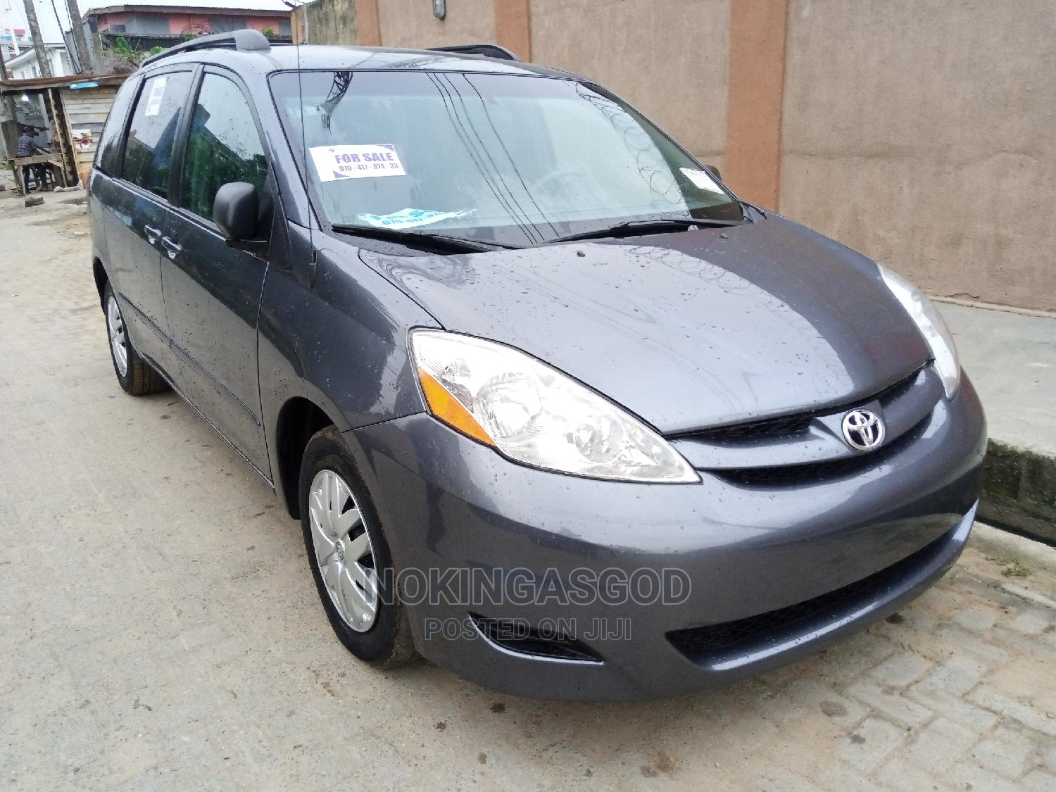 Toyota Sienna 2007 LE 4WD Gray