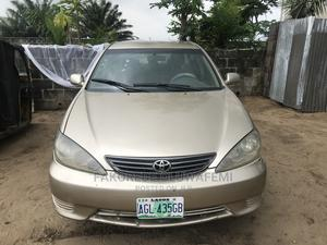 Toyota Camry 2004 Gold | Cars for sale in Lagos State, Ajah
