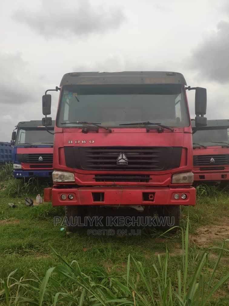Howo Dump Truck 12 Tyres 45tons Foreign Used Tokunbo | Trucks & Trailers for sale in Ikeja, Lagos State, Nigeria