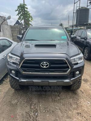 Toyota Tacoma 2016 4dr Double Cab Gray | Cars for sale in Lagos State, Amuwo-Odofin