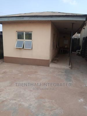 Furnished 8bdrm Farm House in Ijoko, Ogun State, Agbado for Sale | Houses & Apartments For Sale for sale in Ifako-Ijaiye, Agbado