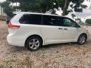 Toyota Sienna 2014 White | Cars for sale in Abuja (FCT) State, Central Business District