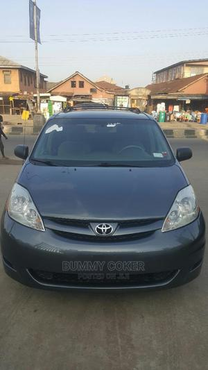 Toyota Sienna 2006 LE FWD Gray   Cars for sale in Lagos State, Ilupeju