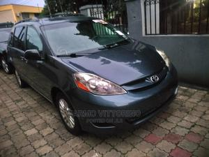 Toyota Sienna 2010 XLE 7 Passenger Blue | Cars for sale in Lagos State, Ikeja