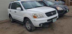 Honda CR-V 2004 White   Cars for sale in Lagos State, Surulere