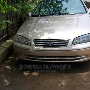 Toyota Camry 2001 Gold   Cars for sale in Lagos State, Maryland