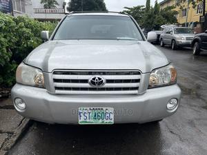 Toyota Highlander 2004 Limited V6 4x4 Silver   Cars for sale in Lagos State, Surulere