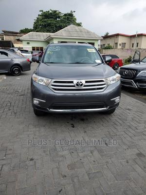Toyota Highlander 2013 Limited 3.5l 4WD Gray | Cars for sale in Lagos State, Ogudu