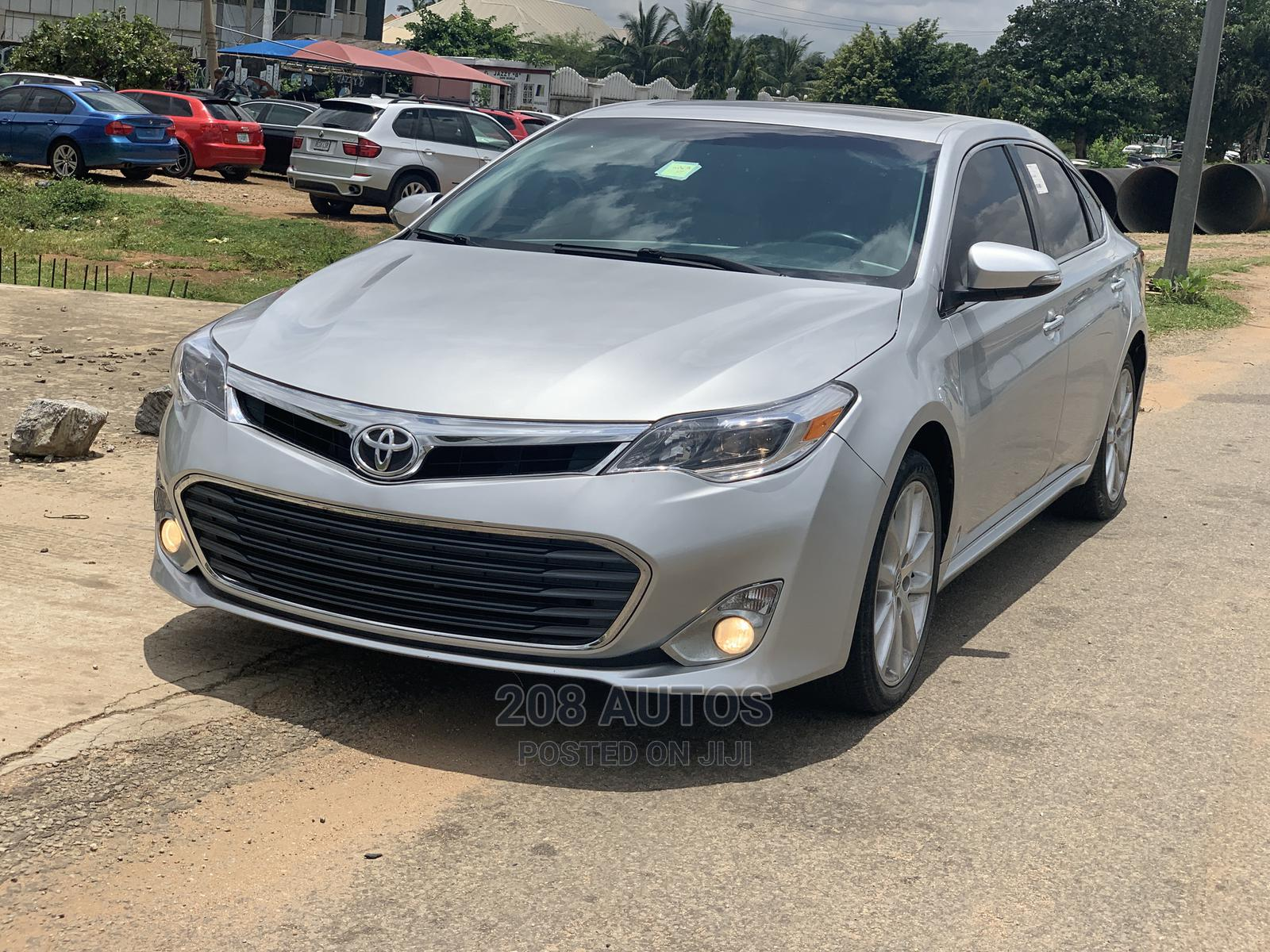 Toyota Avalon 2013 Silver | Cars for sale in Gwarinpa, Abuja (FCT) State, Nigeria