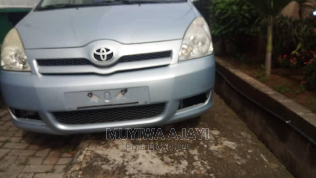 Toyota Corolla 2005 Verso 1.6 VVT-i Blue | Cars for sale in Ilesa, Osun State, Nigeria
