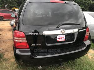 Toyota Highlander 2004 Limited V6 FWD Black | Cars for sale in Abuja (FCT) State, Gaduwa