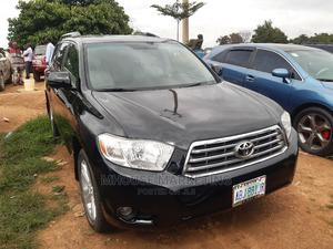 Toyota Highlander 2008 Limited 4x4 Black | Cars for sale in Abuja (FCT) State, Kubwa
