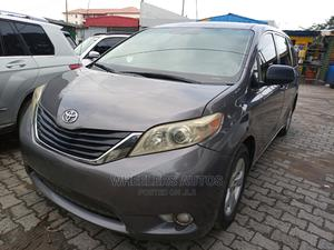 Toyota Sienna 2012 Gray   Cars for sale in Lagos State, Amuwo-Odofin