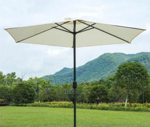 Centre-Pole Market Picnic Umbrella Parasol TODAYS PRICE N23k | Camping Gear for sale in Lagos State, Surulere