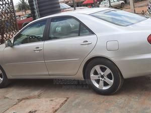Toyota Camry 2004 Silver | Cars for sale in Oyo State, Oluyole