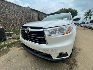 Toyota Highlander 2017 White   Cars for sale in Lagos State, Alimosho