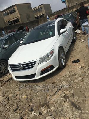 Volkswagen Passat 2010 3.2 V6 Sportline DSG White | Cars for sale in Lagos State, Surulere