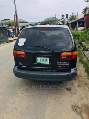 Toyota Sienna 1999   Cars for sale in Rivers State, Port-Harcourt